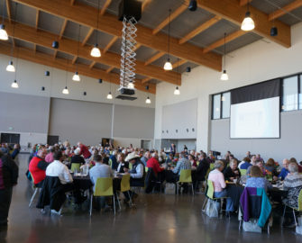 Members having lunch during annual meeting