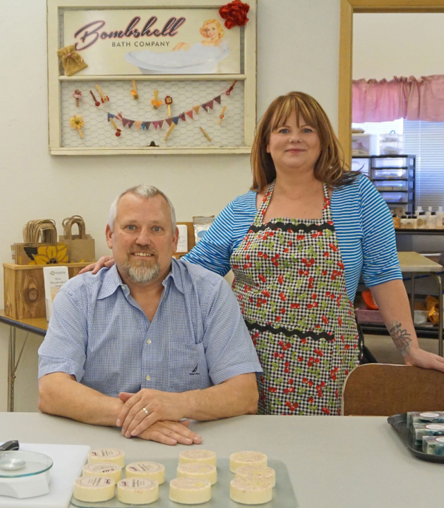 Bombshell Bath Co. is a family business headed up by Paul and Becky Keys, longtime residents of Dufur.